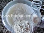 Prajitura cu nuca si crema caramel preparare blat reteta