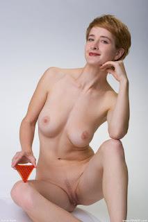 Hot Naked Girl - rs-femjoy_112285_021-744835.jpg