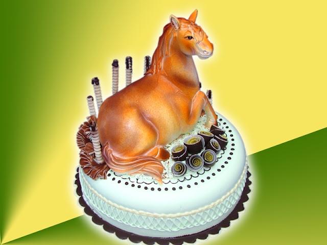 Hình ảnh bánh sinh nhật hình con ngựa cho người tuổi Ngọ