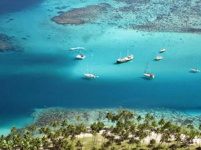 Lagon bleu de Polynésie à Moorea