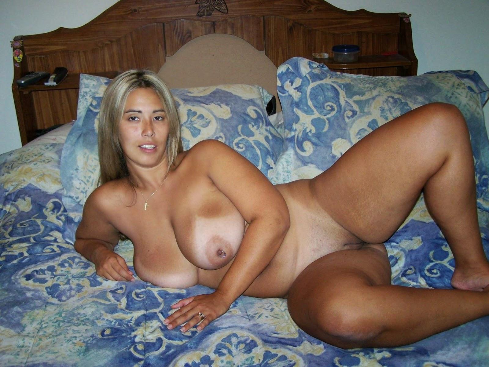 Тети в теле голые, Голые зрелые женщины на фото - раздетые взрослые бабы 1 фотография