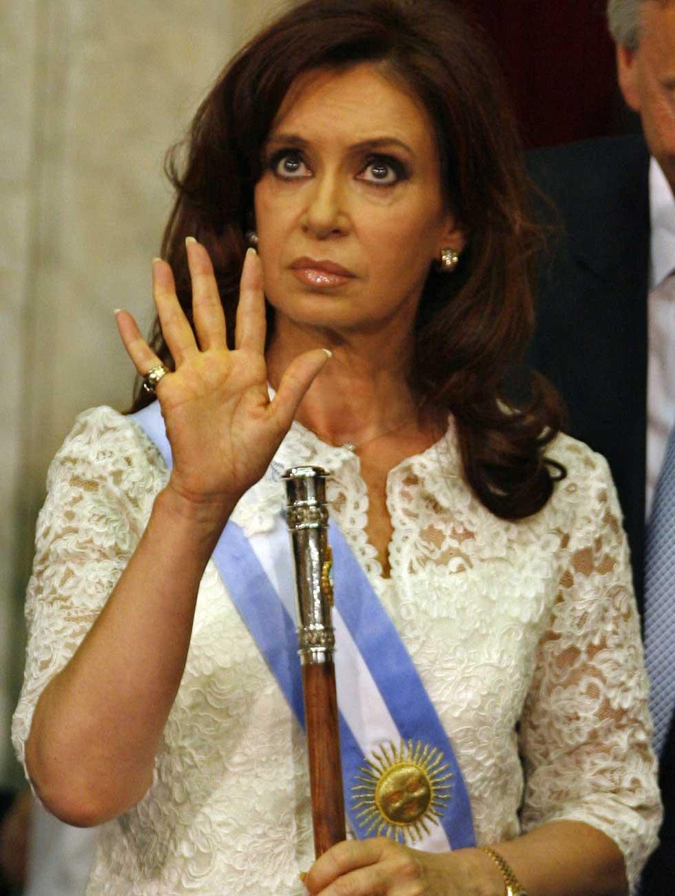http://2.bp.blogspot.com/-KUGmiWYRNvg/UAJkvygxmGI/AAAAAAAAE8Q/sowAlAMHQVs/s1600/Cristina_Fernandez.jpg