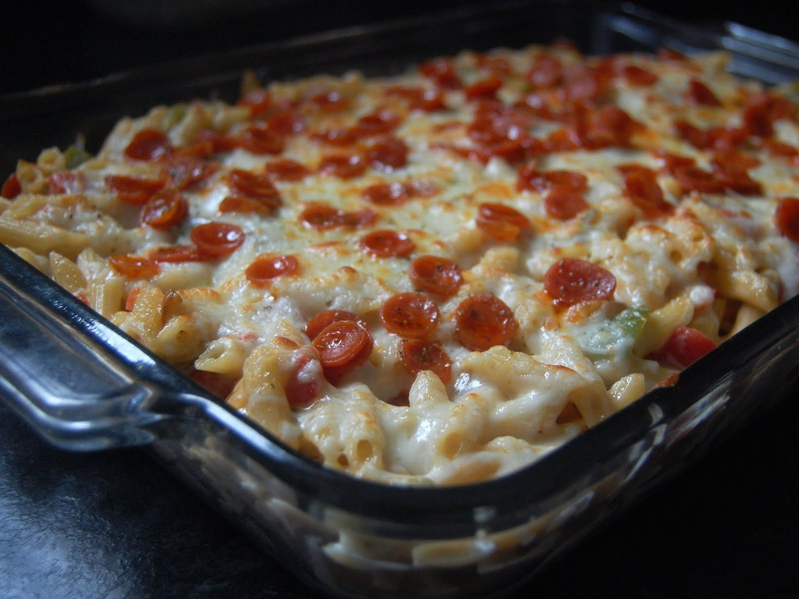 Cassie Craves: Pizza Macaroni and Cheese