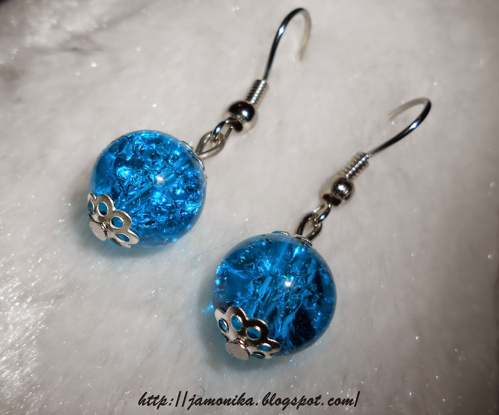 Kolczyki niebieskie z koralików crackle