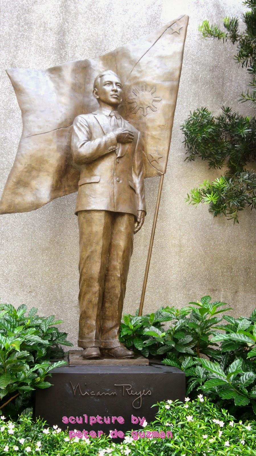 Nicanor Reyes sculpture by Peter De Guzman