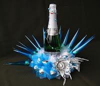 конфетная композиция с шампанским на новый год