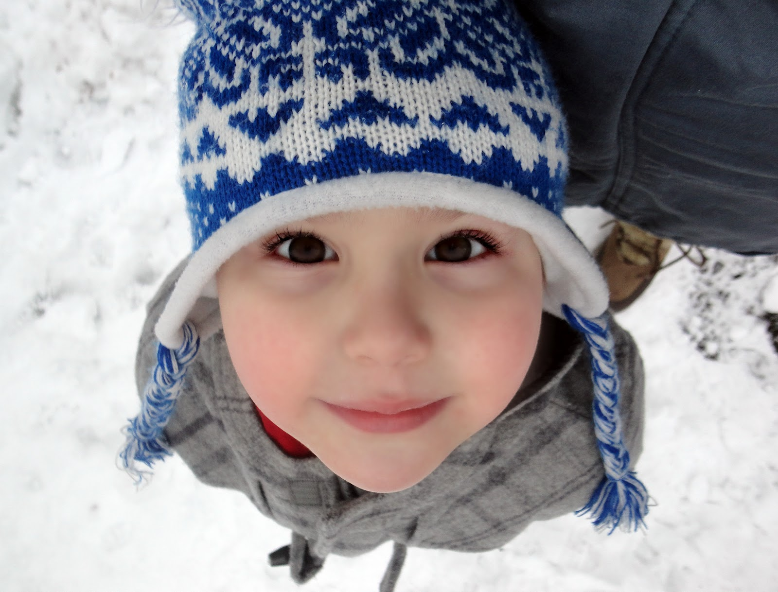 Dan Jon Jr in the snow with his hat