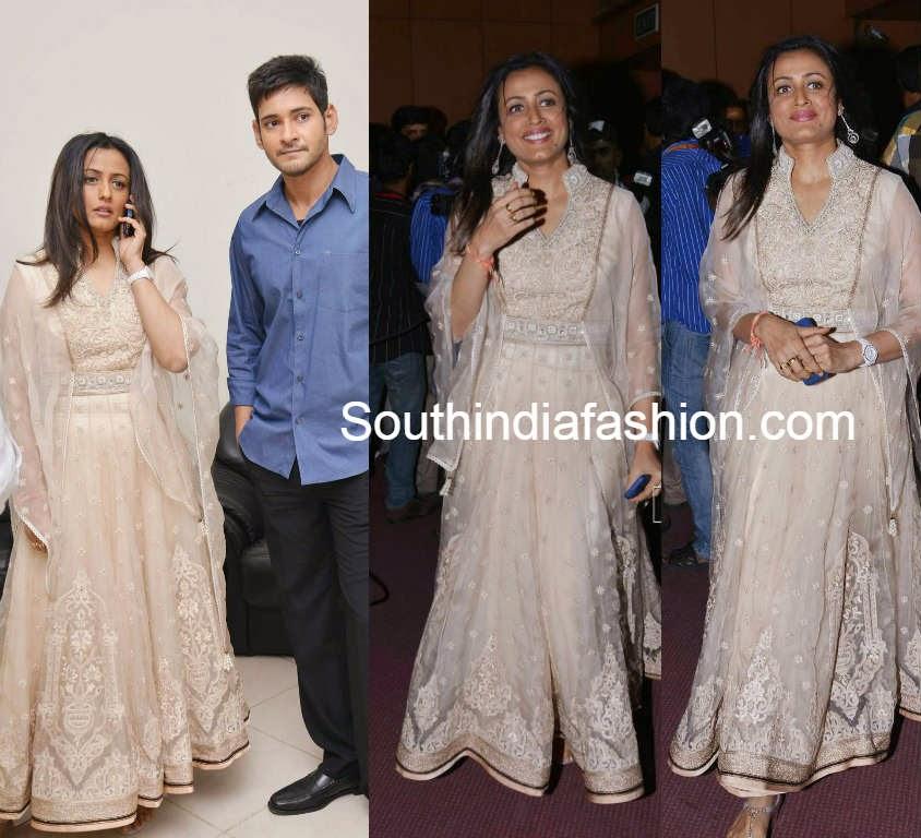 namratha mahesh babu at aagadu audio release