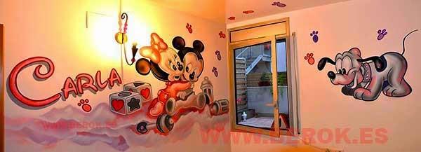 Mural infantil Mickey Carla
