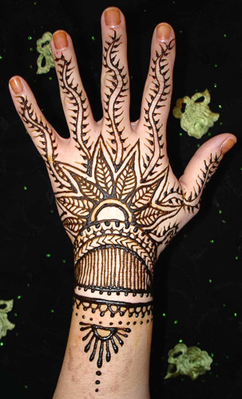 Mehndi Hand Tattoo Art : Venny wildha henna tattoo designs