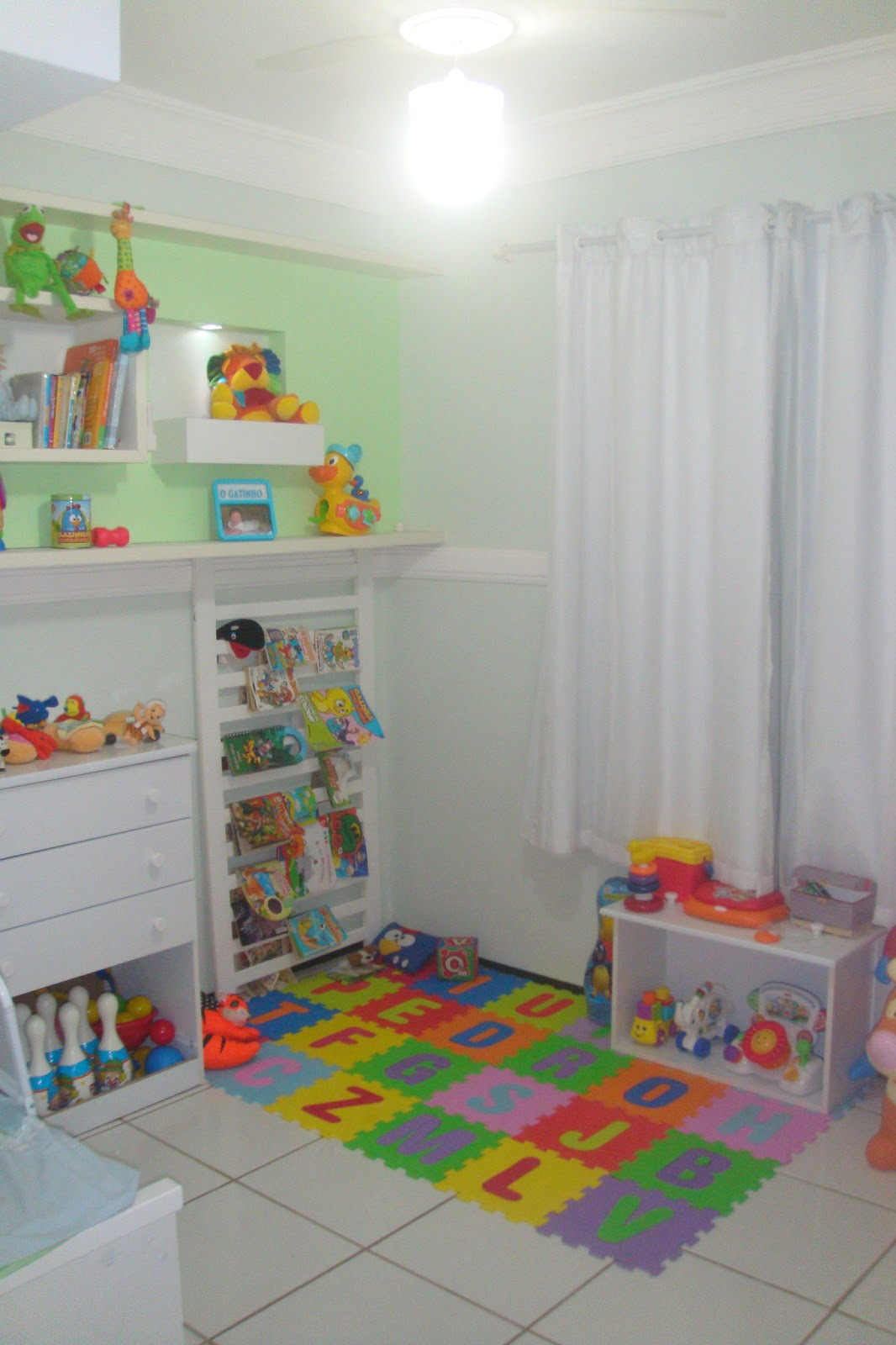 Cadê o manual, mamãe? O quartinho montessori do Pedro ~ Quarto Montessoriano Tapete