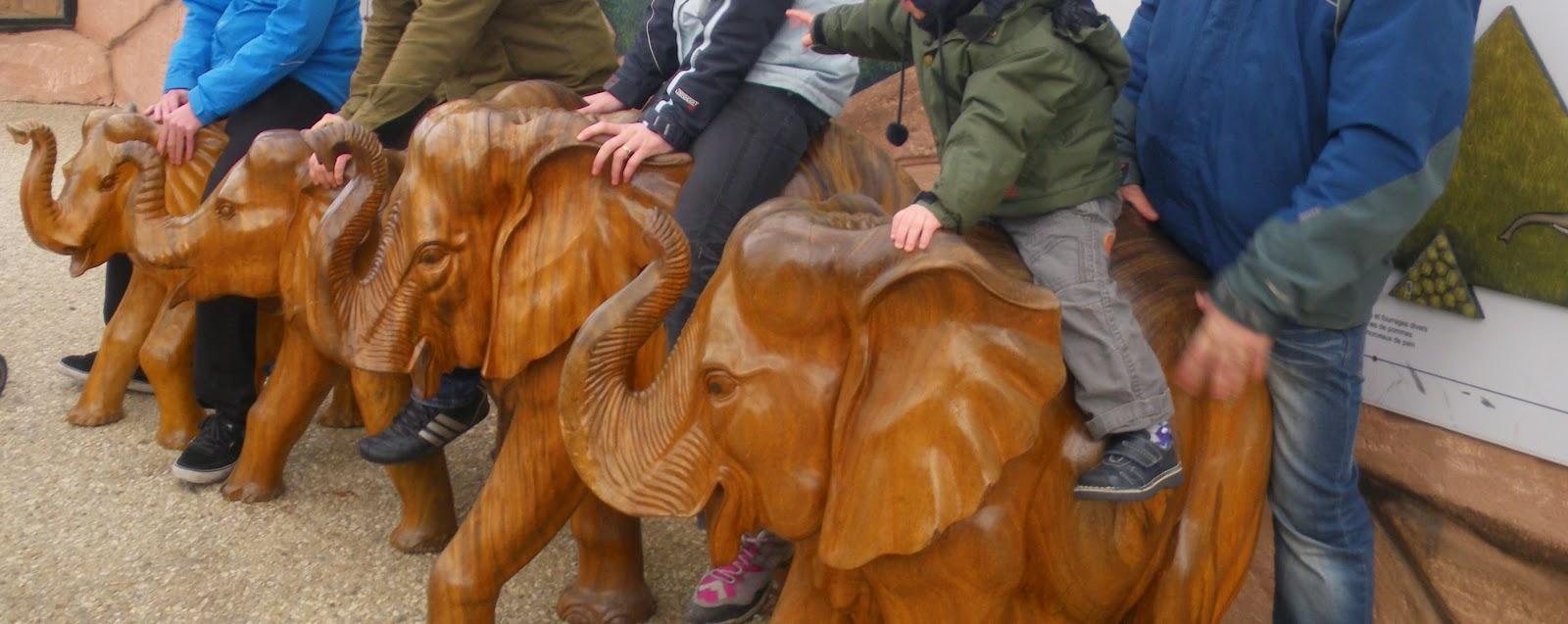 statues éléphant beauval