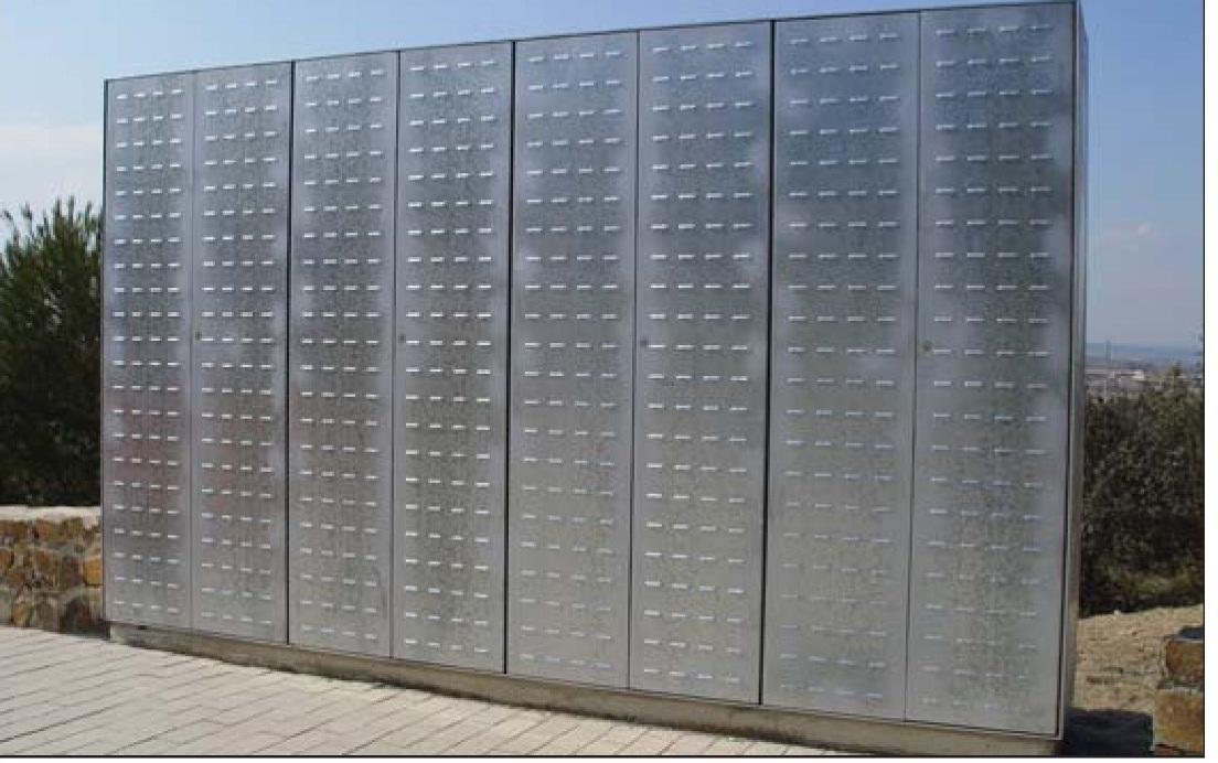 Cerrajeria sotelo y automatismos puertas trastero contadores for Puerta trastero seguridad