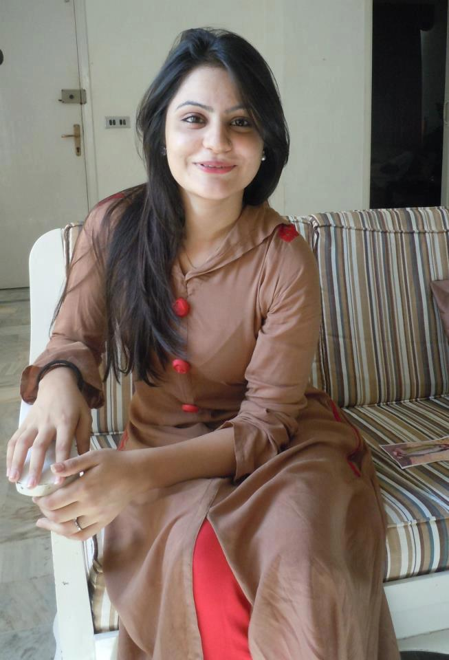 lahore single girls Looking for pakistani dating connect with pakistanis worldwide at lovehabibi - the online meeting place for pakistani dating.