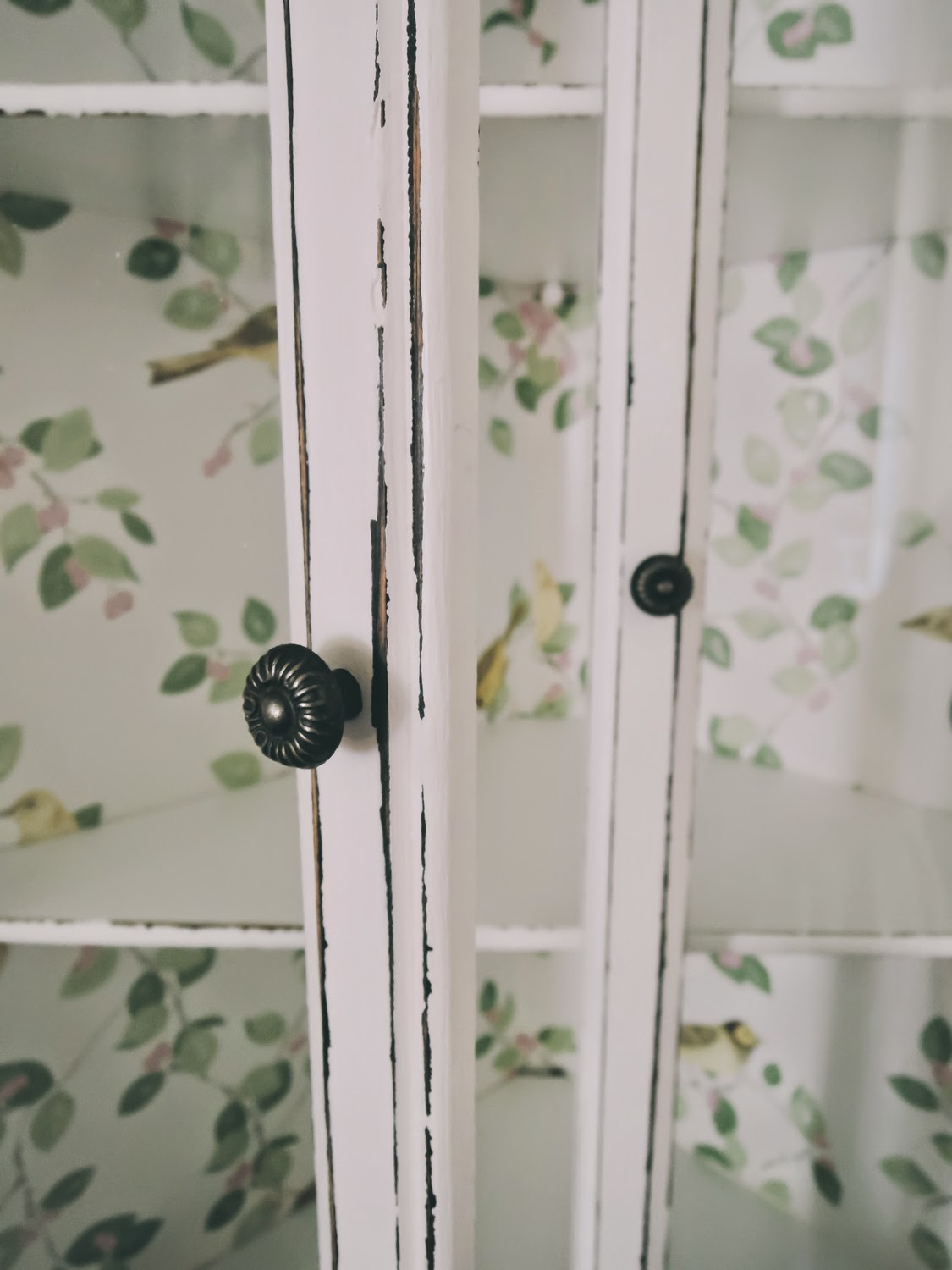 Simple guide to distressing furniture