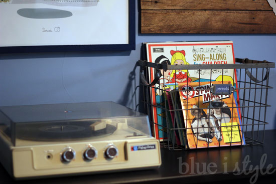 Record Player in Boy's Bedroom