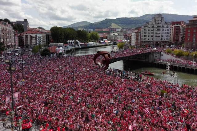 Milhares de torcedores do Athletic celembraram título conquistado nesta semana(Foto: Divulgação/Twitter)