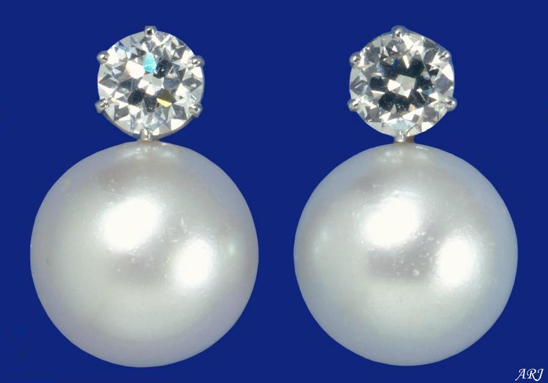 British Royal Jewels Queen Mary S Larger Pearl On Earrings