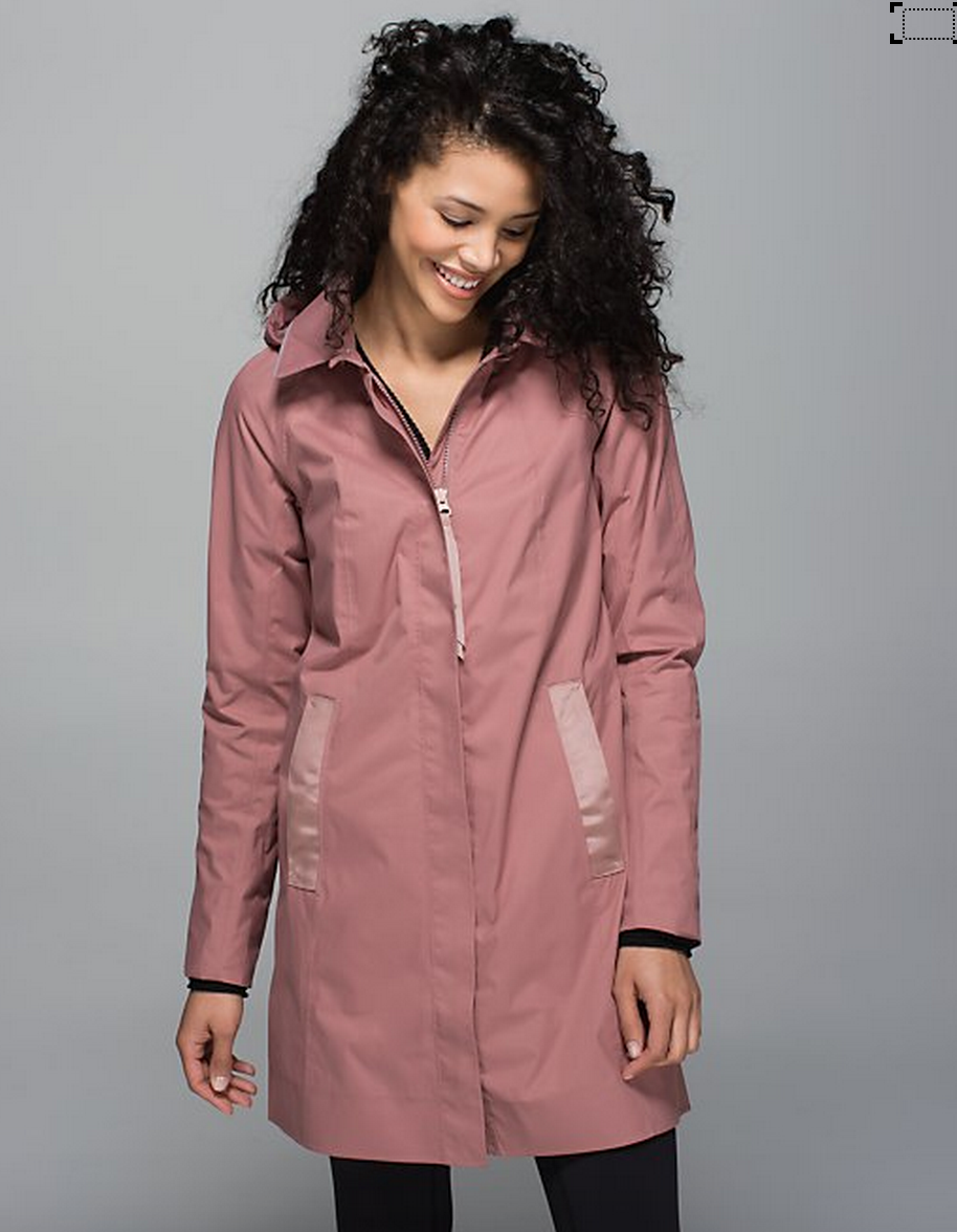 http://www.anrdoezrs.net/links/7680158/type/dlg/http://shop.lululemon.com/products/clothes-accessories/women-outerwear/Rain-On-Jacket?cc=17313&skuId=3586311&catId=women-outerwear