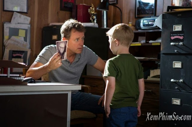 Thiên Đường Là Có Thật heyphim Greg Kinnear and Connor Corum in Heaven is For Real 2014 Movie Image 650x432
