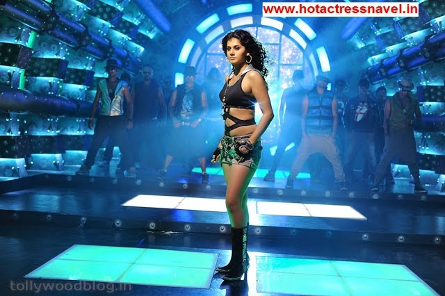 Tapsee Pannu Hot Navel and Legs Show In Shadow Movie