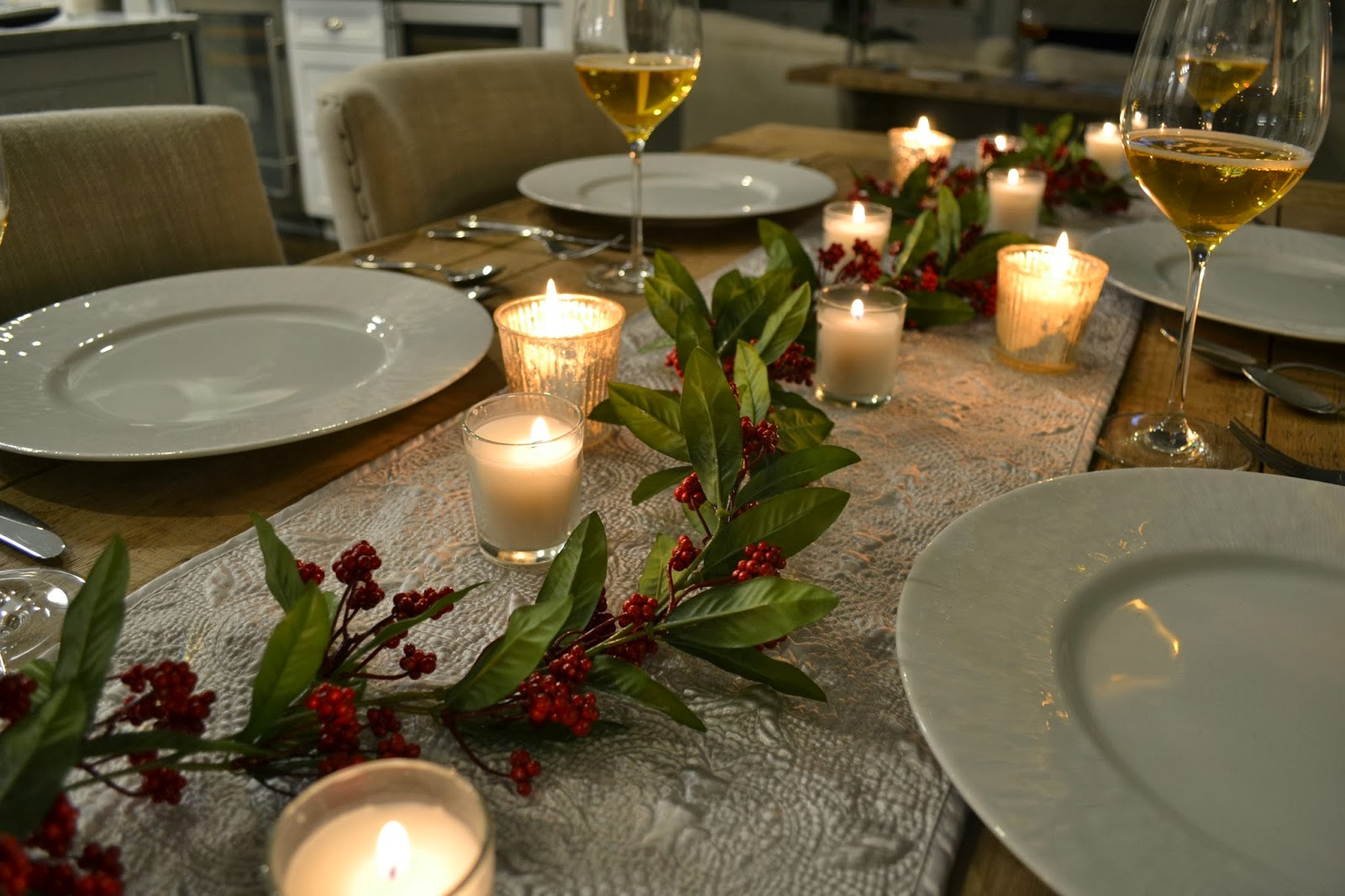 all sorts of Ricci: A Romantic Holiday Table