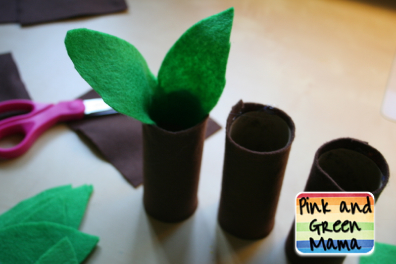 pink and green mama how to make a tree out of a toilet. Black Bedroom Furniture Sets. Home Design Ideas
