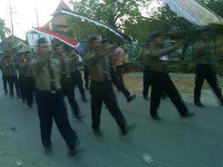 Gerak Jalan Wadeng Sidayu Diukuti 165 Regu