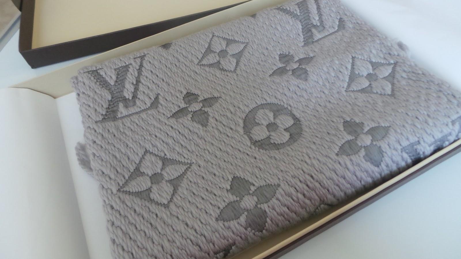 Louis Vuitton IconMania scarf