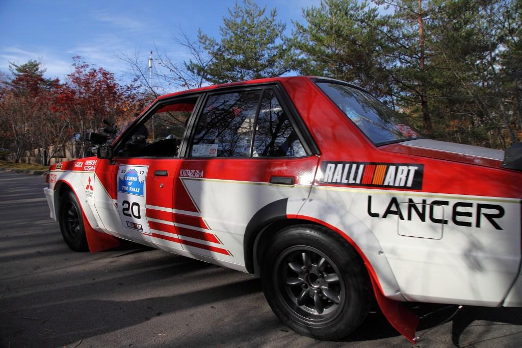 Mitsubishi Lancer, Ralliart, RWD, napęd na tył, japoński klasyk, dawny samochód, sportowy, wyścigi, rajdy, rally, stare auto