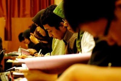 Seleksi CPNS 2012 Dibatalkan