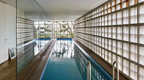 Sumare House by Isay Weinfeld
