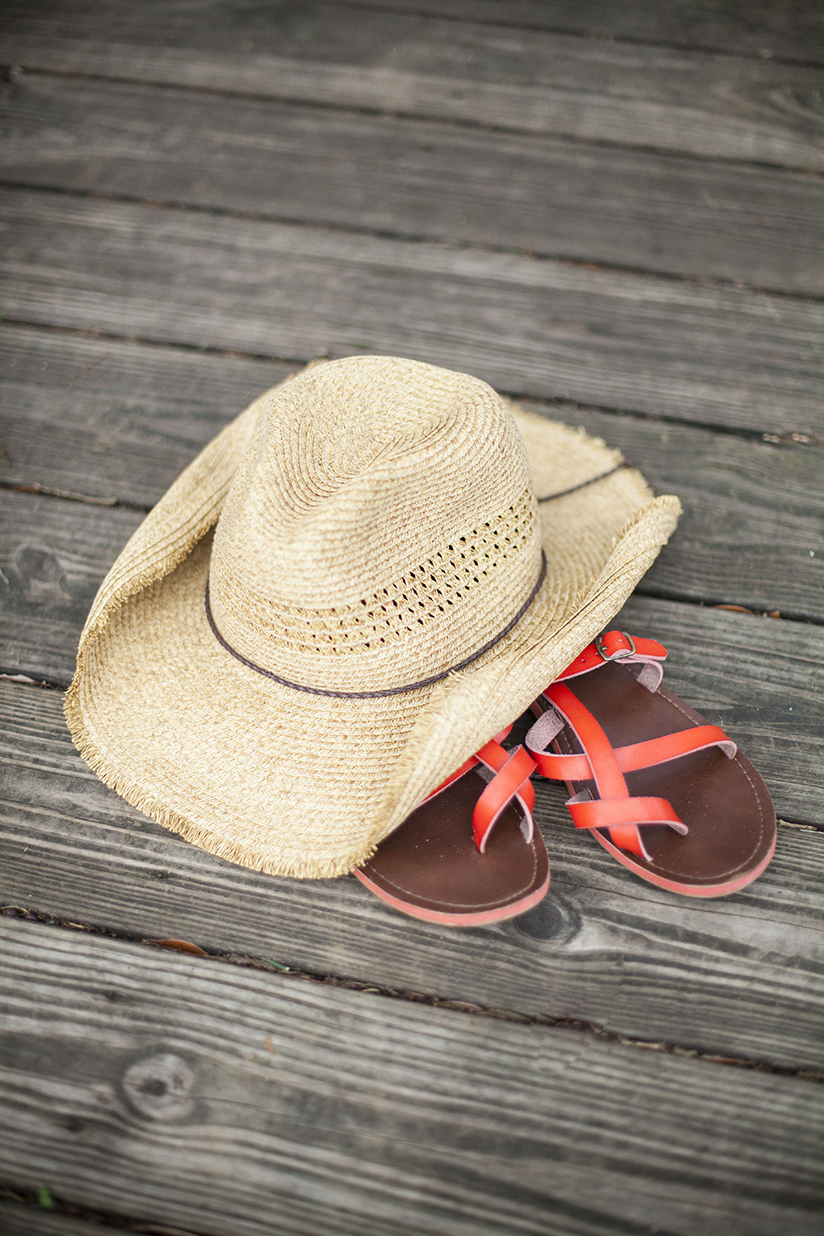 Straw Hat and Casual Coral Read Sandals
