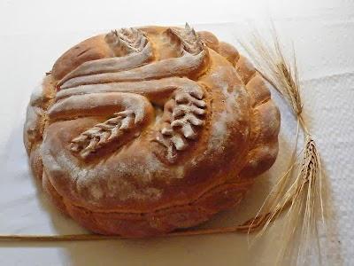 Kalászos lapos kenyér.