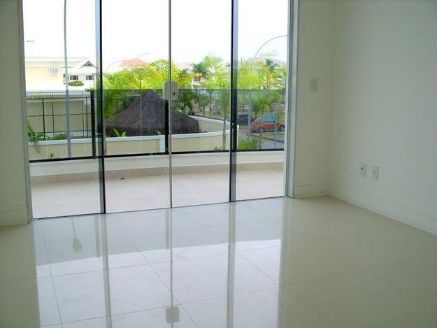 Arquitetura feminina ap porcelanato ou laminado for Pisos de apartamentos modernos