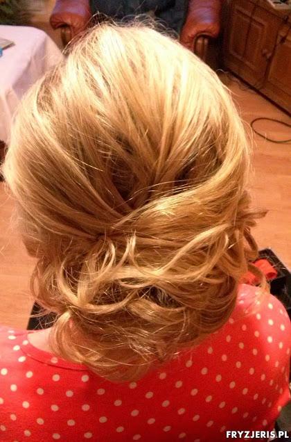 fryzura ślubna 48