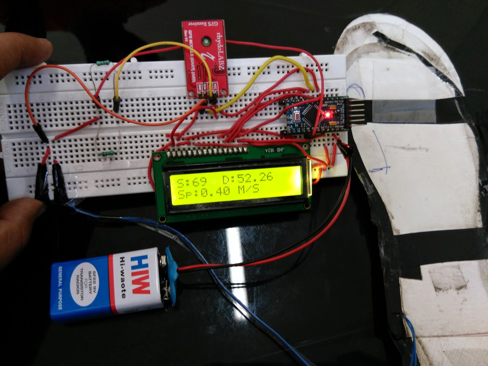 Oe Pedometer Iedprojects2015iiitd Interfacing Tripleaxis Accelerometer With Atmega 16 Circuit Diagram The Shoe