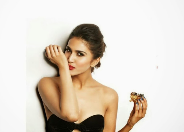 vaani Kapoor hot FHM Magazine January Cover