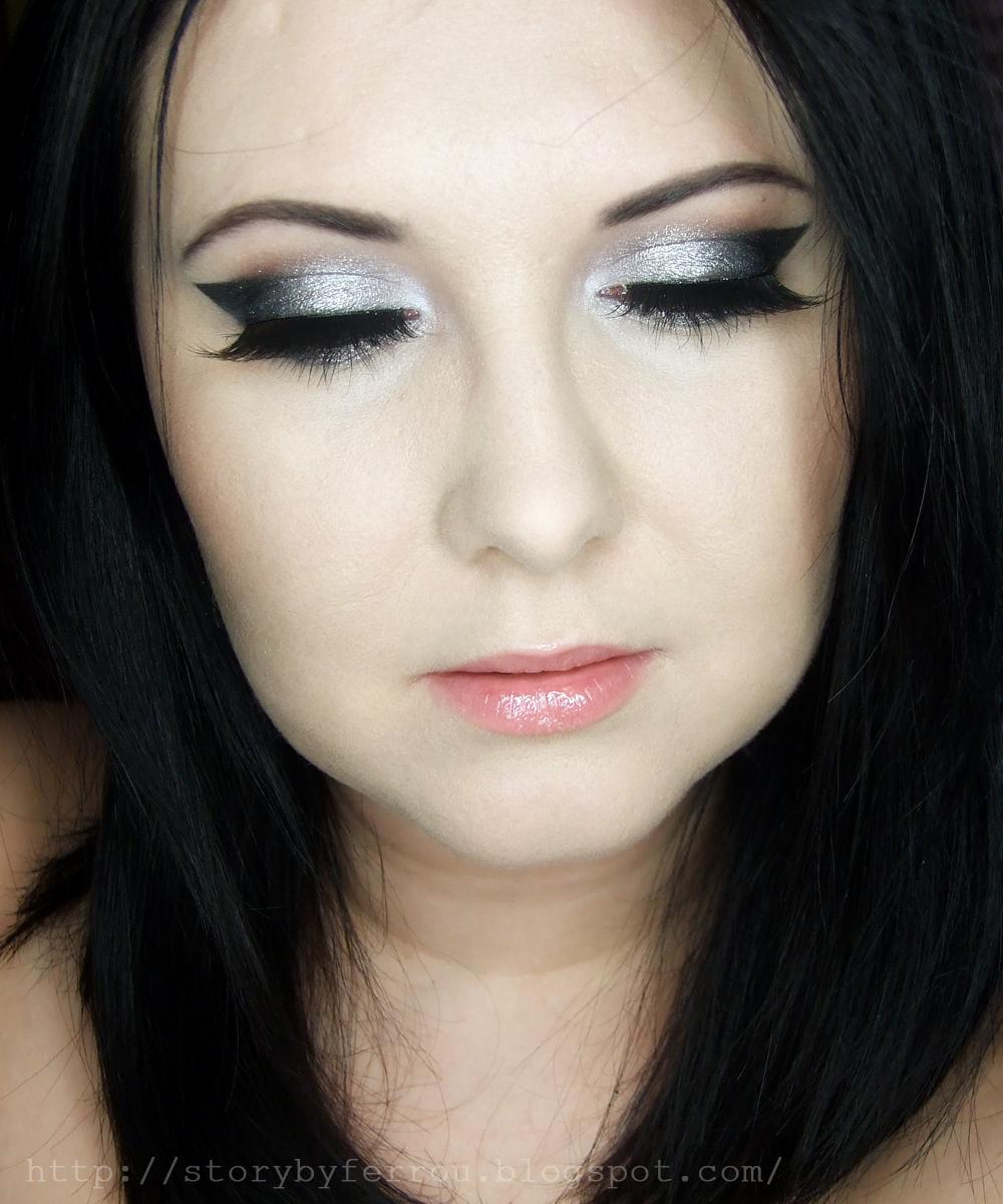 Ferrou Makeup Blog Makijaż Kosmetyki Makijaż Sylwestrowy Srebrno