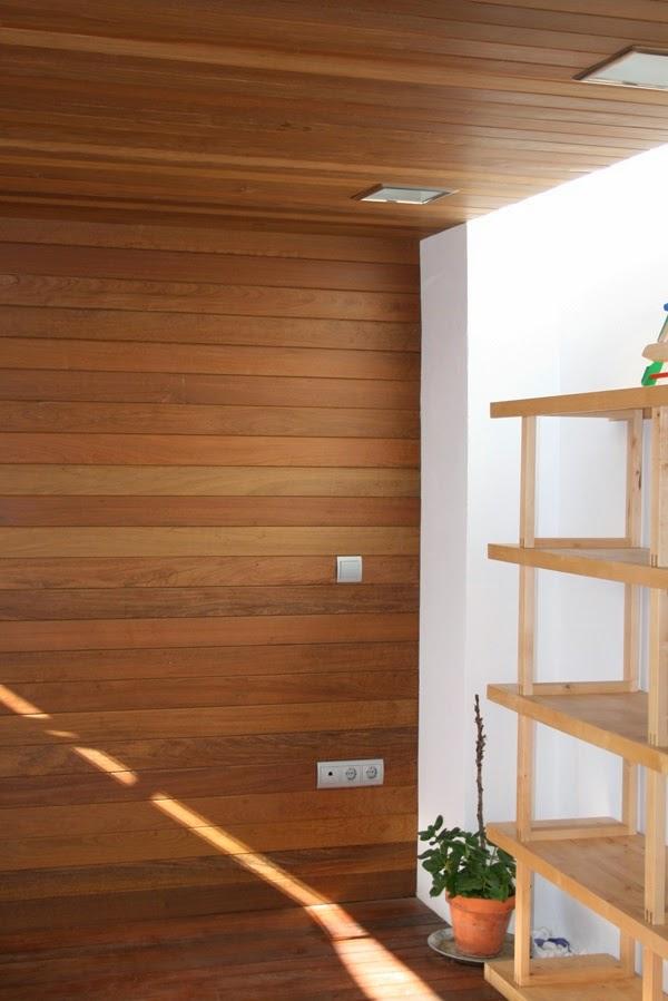 En estado de rachel techos los olvidados for Revestimiento en madera para pared