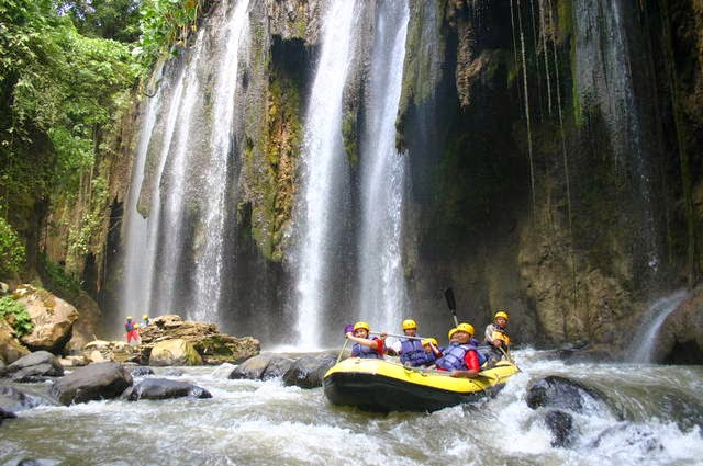 Rafting di Sungai Pekalen Probolinggo
