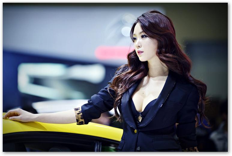 Mỹ nữ Hàn xinh đẹp khoe vòng 1 lấp ló căng tròn