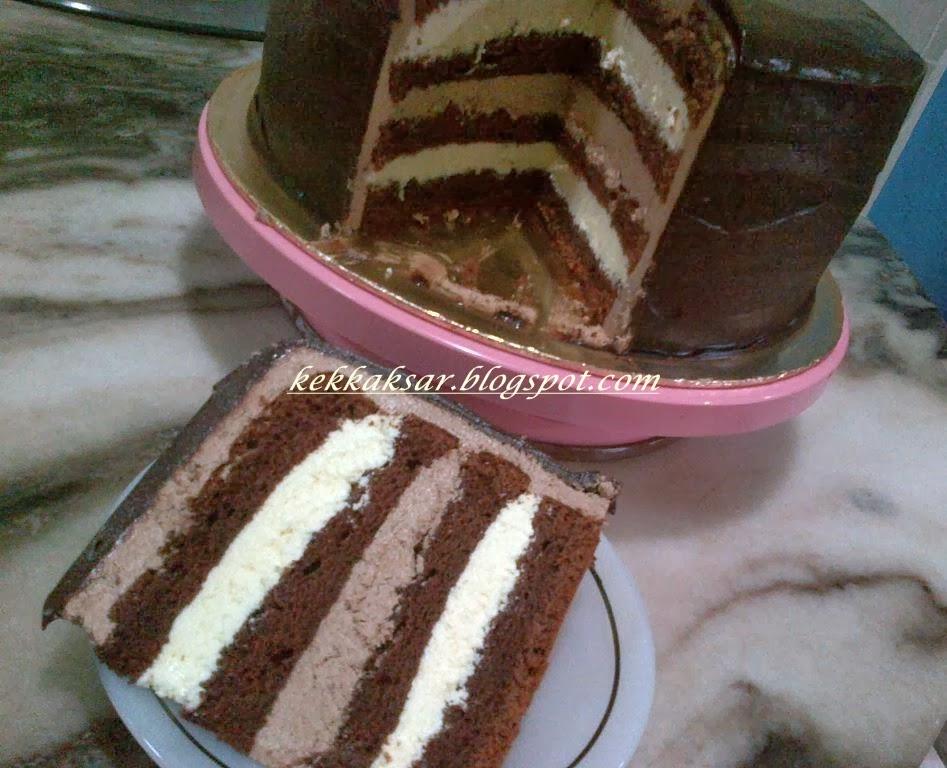 DOUBLE CHOC INDULGENT CAKE