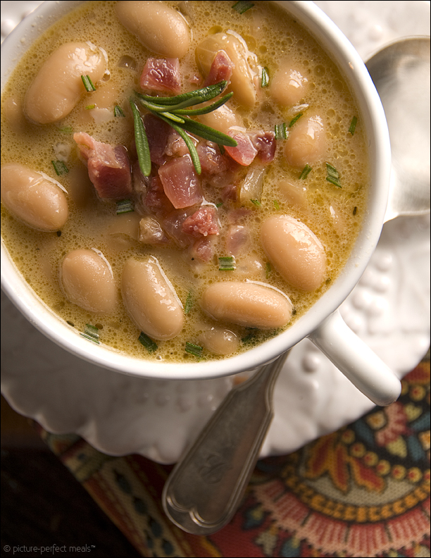 Tuscan White Bean Soup with Pancetta andRosemary Makes 6 to 8 Servings