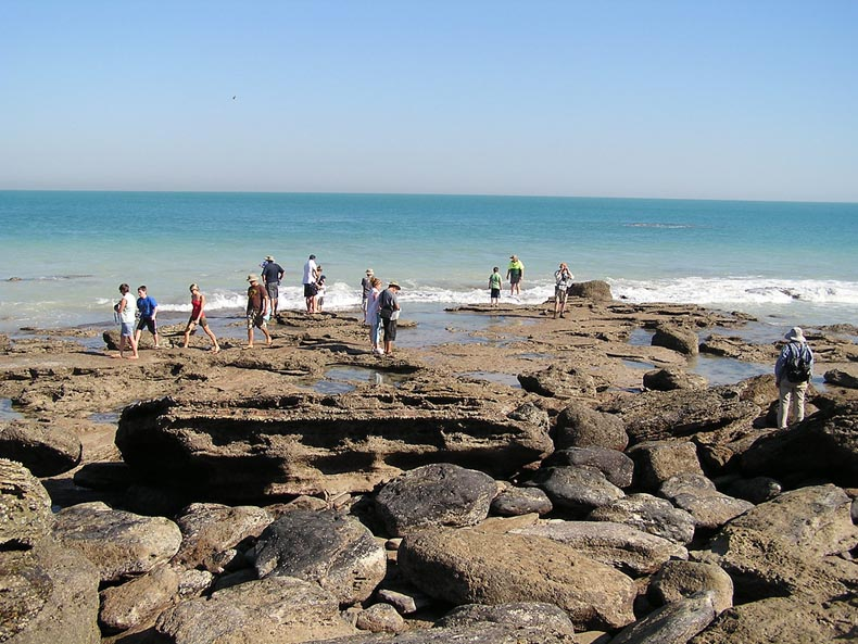 Huellas de dinosaurios en Gantheaume Point en Broome