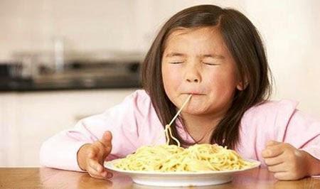 Bahaya Terlalu Sering Makan Mie Instan