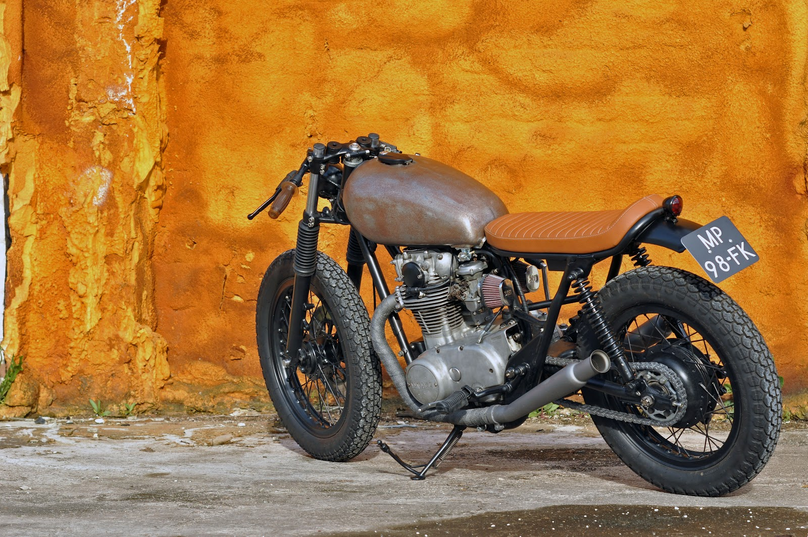1973 Triumph TR6 Wiring Harness furthermore Triumph Amal Concentric Carb as well Yamaha XS650 Bobber also Triumph Bonneville Engine Diagram moreover Triumph Motorcycle Wiring Diagram. on t140 wiring harness