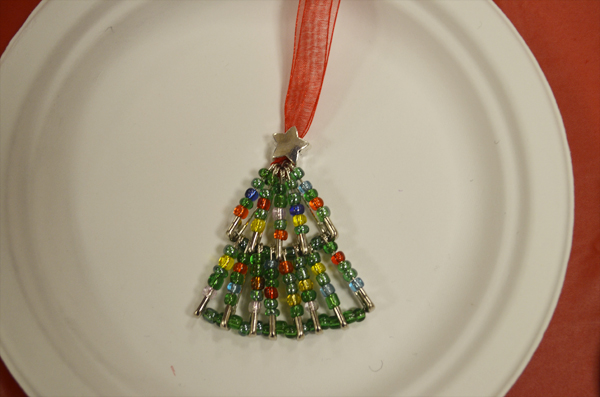 Something Wilde Beaded Christmas Tree Tutorial