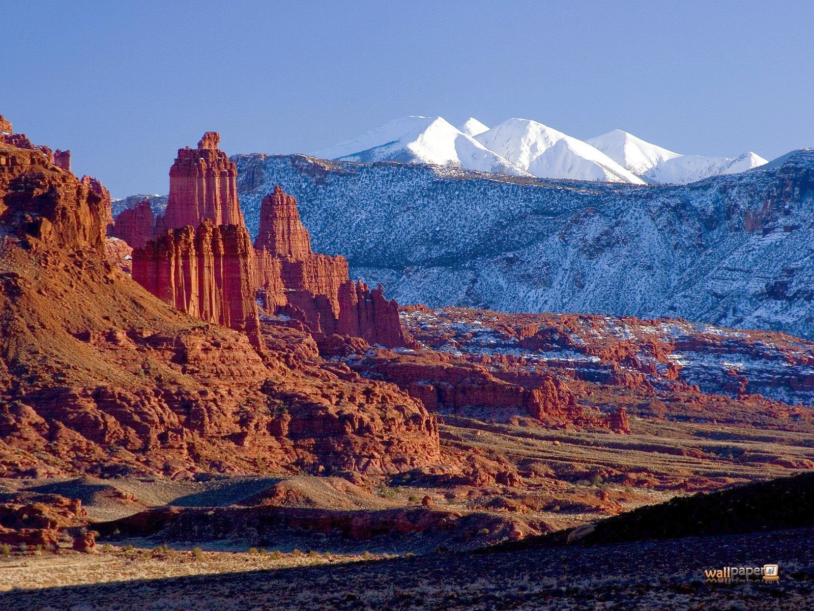 http://2.bp.blogspot.com/-KZn4dq-lhGU/Tk1BROrRJpI/AAAAAAAABLk/Lq86Rf0qJv4/s1600/La-Sal-Mountains-and-Indian-Creek-Area-Near-Moab-in-Winter-Utah-Wallpaper.jpg