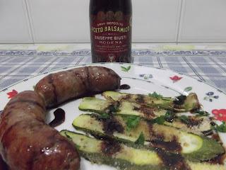 salsicce di bufalino alla griglia e zucchine gratinate all'aceto balsamico giusti